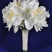 Jeweled Dahlia Posy - A light sprinkling of the bling - I like it!