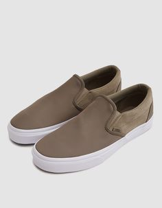 5c8663c5d3 Classic Slip-On from Vans Product Photography
