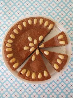 Zoet & Verleidelijk: Gevulde Speculaastaart Dutch Recipes, Baking Recipes, Lollipop Sweets, Dutch Kitchen, Food L, Desert Recipes, Cookie Bars, Cakes And More, Cake Cookies