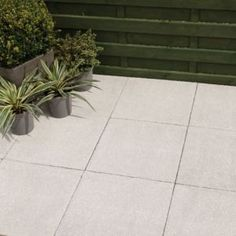 Grey Derbyshire Single Paving Slab (L)450mm (W)450mm | Paving Slabs, Gray  And Gardens
