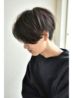 Cut My Hair, New Hair, Girl Short Hair, Short Hair Cuts, Hair Inspo, Hair Inspiration, Tomboy Haircut, Medium Hair Styles, Long Hair Styles