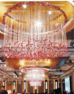 If you want a different effect in your wedding then you may have the option of arranging the Wedding Flower Chandelier for your wedding t. Flower Chandelier, Ceiling Chandelier, Ceiling Decor, Ceiling Lights, Chandeliers, Flower Decorations, Wedding Decorations, Wedding Backdrops, Holiday Decorations