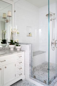 Traditional Master Bathroom With Glass-Enclosed Shower