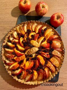 Recette de tarte aux pommes façon strudel - Cooking Out Strudel, Citron Yuzu, Facon, Apple Pie, Desserts, Chili Con Carne, Raisin, Home Made, Dessert