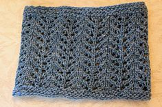 Ravelry: Elizabeth's Cowl pattern by Wendy D. Johnson