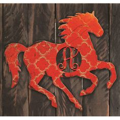 aMonogramArtUnlimited Western Vintage Stallion Rustic Single Letter Wooden Shape Wall Décor Letter: T