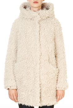 This is the 'Welda' Sand Shaggy Faux Fur Coatt by our friends at Rino & Pelle! The new Welda Shaggy Faux Fur Jacket from Rino and Pelle is a stylish new season design perfect for Autumn. This shaggy fur is super cosy when the weather get chilly and you can effortlessly throw on and go for any occasion! Wear with jeans and boots for a smart-casual outfit you will fall in love with. Smart Casual Outfit, Casual Outfits, Faux Fur Jacket, Fur Coat, Winter Coats Women, Shaggy, Jeans And Boots, Occasion Wear, Autumn