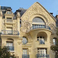 Immeuble (1914) - 30 avenue Marceau, Paris VIIIe | by Yvette G.