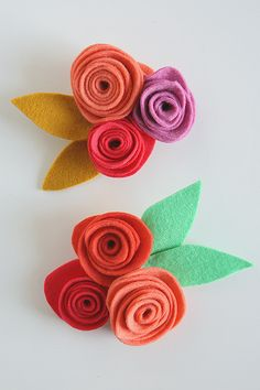 Felt Flower Corsages - so fun for Mother's Day