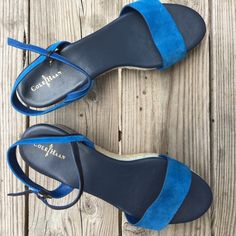 Cole Haan Cerulean platform sandals Leather straps, 2.5in platform, Nike Air cushioning for comfort, worn once Cole Haan Shoes Flats & Loafers