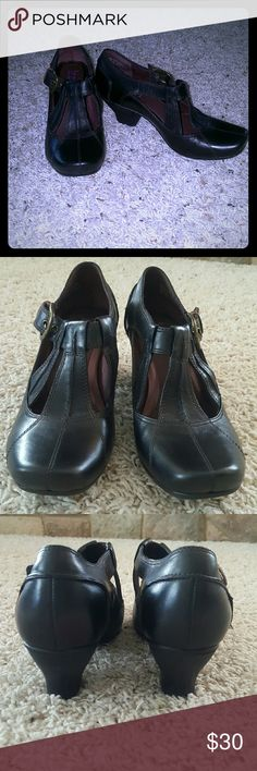 SALEClarks Indigo black leather heels Clarks Indigo black leather heels. Size 6.5. Worn once. Great condition! Clarks Shoes Heels