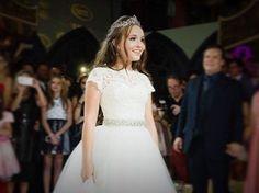 Sua festa de 15 anos foi digna de uma princesa...