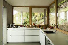 House on a Slope,Courtesy of Gian Salis Architect