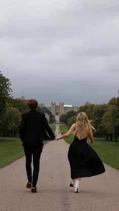 Cute Relationship Goals, Cute Relationships, Cute Couples Goals, Couple Goals, Slytherin Aesthetic, Old Money, Photo Couple, Couple Aesthetic, Poses