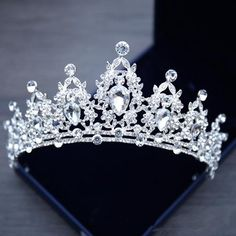 Wedding Hair Flowers, Bling Wedding, Wedding Crowns, Wedding Tiaras, Crystal Wedding, Hair Wedding, Tiara For Wedding, Wedding Beauty, Masquerade Wedding