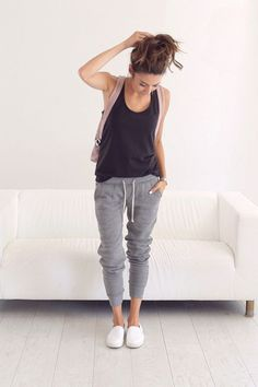 0450a1a2210f3 See how a top blogger builds a foolproof mom wardrobe in 6 steps