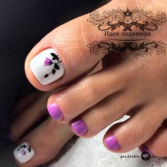Purple Flower Toe Nail Art Your toe nail colors should always keep up with the season. There is no way we will allow you to stay behind and out of the trend! Flower Toe Nails, Purple Toe Nails, Pretty Toe Nails, Cute Toe Nails, Summer Toe Nails, My Nails, Flower Design Nails, Purple Toes, Flower Nail Art
