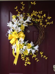 Easter Lilly Floral Grapevine Wreath With Yellow Accents (summer door wreaths polka dots) Summer Door Wreaths, Easter Wreaths, Holiday Wreaths, Spring Wreaths, Bd Design, Wreath Crafts, Diy Crafts, Deco Mesh Wreaths, Spring Crafts