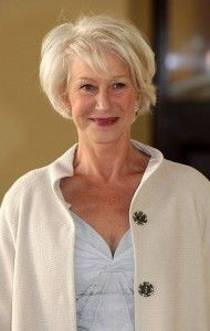 Lovely Hairstyles for Mature Women To Try This Year (18)