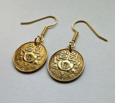 1967 South Korea 1 won coin jewelry hook earrings Rose of Sharon Korean national flower roses blossom bouquet charm dangle & drop E000041 by acnyCOINJEWELRY on Etsy