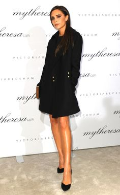 Victoria Beckham shows off her amazing legs while staying bundled up in black! #fashion