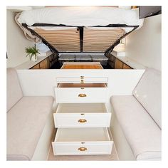 Add flat lids on the drawers and they can be used as seats/steps. A slide out shelf could become a table. Bus Living, Tiny House Living, Living Room, Bus Life, Camper Life, Rv Campers, Motorhome, Safari Condo, Airstream Interior