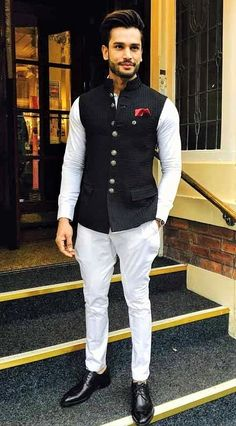 We take a look at the various style lessons from Rohit Khandelwal
