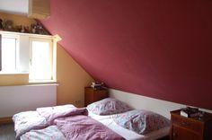 Zimmer Mit Dachschrge Farblich Gestalten ~ Dekoration Und