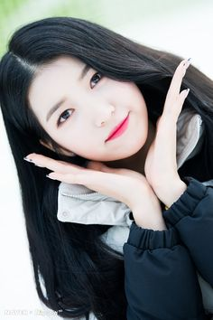 K-Pop Babe Pics – Photos of every single female singer in Korean Pop Music (K-Pop) Extended Play, Kpop Girl Groups, Kpop Girls, Seoul, Singer Fashion, 2018 Winter Olympics, Gfriend Sowon, Entertainment, G Friend