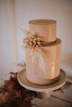 Pretty Cakes, Beautiful Cakes, Bodas Boho Chic, Boho Wedding, Dream Wedding, Boho Cake, Wedding Cake Inspiration, Wedding Ideas, Wedding Cake Designs