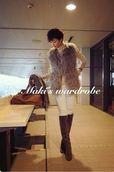 wardrobe &林本マネージャーおめでとう! の画像|田丸麻紀オフィシャルブログ Powered by Ameba Jean Outfits, Cool Outfits, Casual Outfits, Fall Winter Outfits, Winter Fashion, Fashion Beauty, Womens Fashion, Japanese Models, Minimal Chic