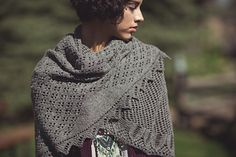 Important Note: In the print and digital issue of Interweave Knits Fall 2016, the yarn listed for the Edmonia Shawl is listed as Stone Soup Fingering DK. This is incorrect. The listing here…