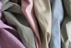 Come togliere la muffa dai tessuti e indumenti http://www.comepulire.it/2012/08/10/pulire-tessuti-e-tappeti/eliminare-muffa-dai-vestiti/
