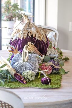 🌟Tante S!fr@ loves this📌🌟Pretty pumpkins for Fall.