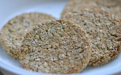 This puppy biscuit recipe is ideal for puppies who are teething and need something to sink their teeth into and help keep your furniture safe! Puppy Biscuits Recipe, Dog Biscuit Recipes, Dog Treat Recipes, Dog Food Recipes, Homemade Crackers, Homemade Dog Treats, Pet Treats, Healthy Dog Treats, Teething Biscuits