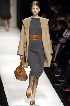 25-shades-of-grey-women-office-wear-ideas-23 - Styleoholic
