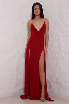 Elle - Red from Meshki Boutique