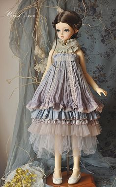 Like the layering - idea for dressing a mannequin! Blueberry mousse 3 | Flickr - Photo Sharing!