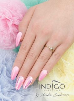 Mirror Effect Mermaid + Mermaid Effect + Gel Brush Maybe Baby, Tropo Bello & Pop Star by Klaudia Demkiewicz Indigo Educator Łódź #nails #nail #pink #mermaid #effect #pastel #foil #ombre #spring #indigo #magic #spring