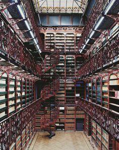 Biblioteca do Parlamento, Haia, Holanda.