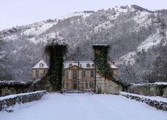 French chateau renovation   http://www.vogue.com/slideshow/13379657/chateau-de-gudanes-france-winter-renovation-photos/#17