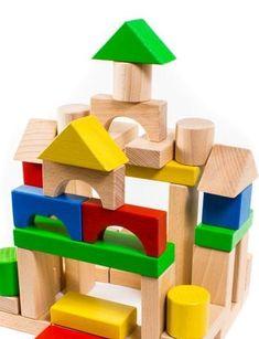 Bienvenue !  Les blocs de construction sont faits de bois respectueux de lenvironnement, hêtre de la forêt des Carpates.  La surface des blocs est très lisse et au toucher, tous les blocs sont à angles poncés.  Certains blocs sont couverts par acrylique non toxique recommandé pour les jouets des enfants et certains blocs ne sont pas couvert, juste bois naturel.  Jouer avec eux, votre enfant sera en mesure de développer une motricité fine et communs, imagination, la coordination, compétences…