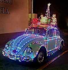 Very festive bug...Brought to you by #HouseofInsurance for #CarInsurance  Eugene, Oregon ... Merry Christmas !!
