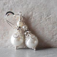 White Pearl Earrings Pearl Bridal Earrings Beaded Wedding Jewelry Dangle Earrings Brides Jewelry White Wedding Faux Pearl Jewelry Handmade