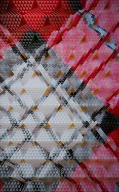 Fondé en 2001 par Henrik Mauler et Jamie Raap, Zeitguised est un studio d'art visuel spécialisé dans les nouveaux médias, explorant constamment la frontière entre le faux et la représentation du r...