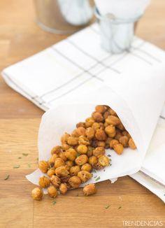 Snack de garbanzos tostados picantes. Con fotos del paso a paso, los ingredientes y la presentación. Trucos y consejos de elaboración. Recetas de...