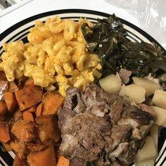 Roast Beef Recipes, Slow Cooker Recipes, Keto Recipes, Pork Neck Bones Recipe, Lima Bean Recipes, Potatoes In Oven, Turnip Greens, Crock Pot Cooking, Southern Recipes