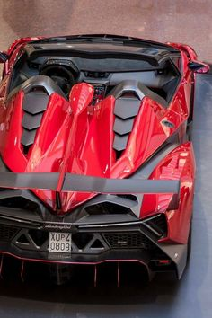 Visit The MACHINE Shop Café... ❤ The Best of Lamborghini... ❤ (2014 ❤ Lamborghini Veneno)