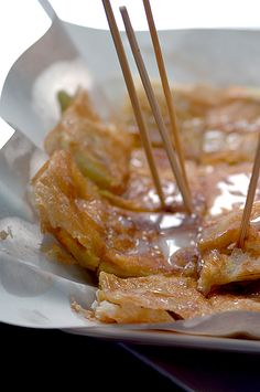 In Thailand, roti bread is similar to India's flat bread maida paratha and Malaysia's roti canai. It is most popularly served as a snack topped with sweetened condensed milk, white sugar and banana or even chocolate