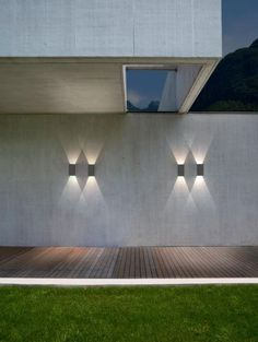 outdoor lights, beautiful lighting and modern, contemporary minimalist exterior